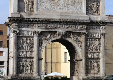 002-Arco-di-Traiano