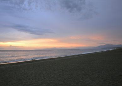 024-la-spiaggia-di-Cirella-al-tramonto