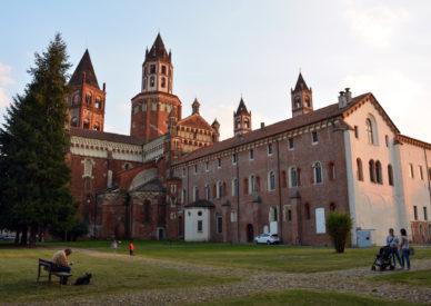 35-Vercelli-il-Duomo-SantAndrea