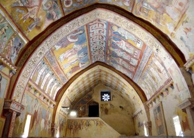 024 affreschi del XIII sec.