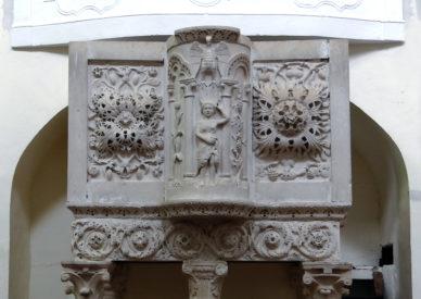 031 Prata d'Ansidonia-S.Nicola con ambone del 1240